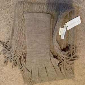 New York & Co. Gray scarf and gloves-NWT! New!